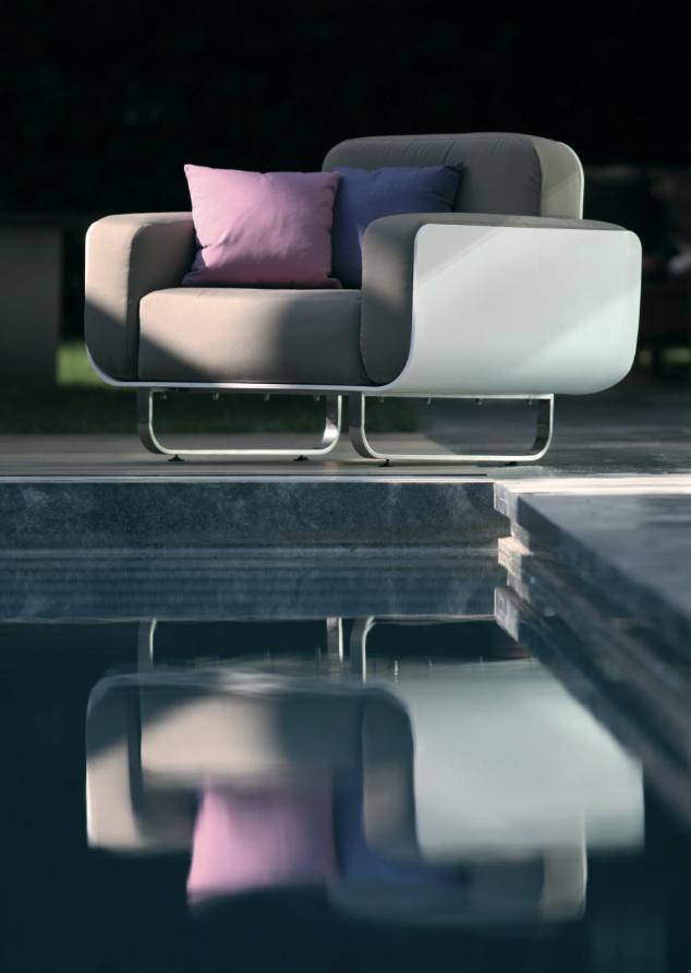 Fold divano da giardino divano modulare componibile for Divano tondeggiante