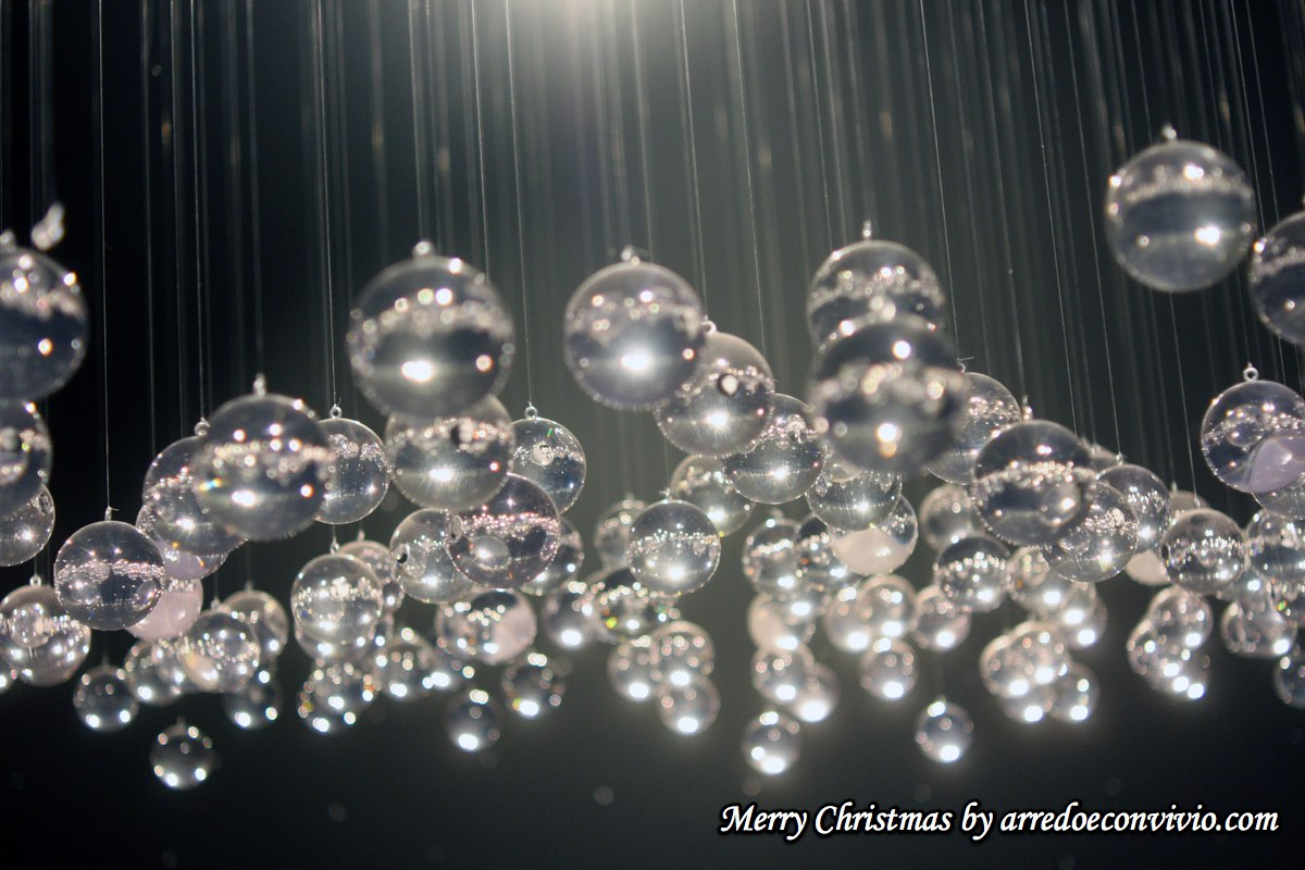 Buon Natale!_arredoeconvivio.com-Shuravlev--Black-Holes 2009 25.12.12-1