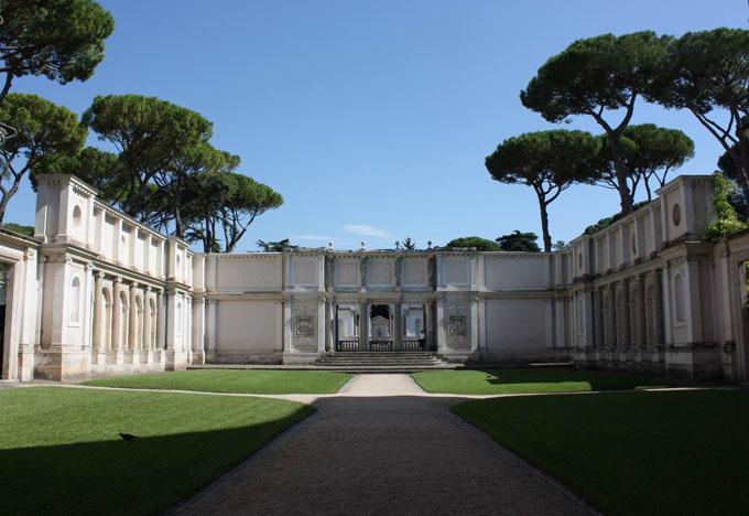 Villa Giulia Roma cortile interno