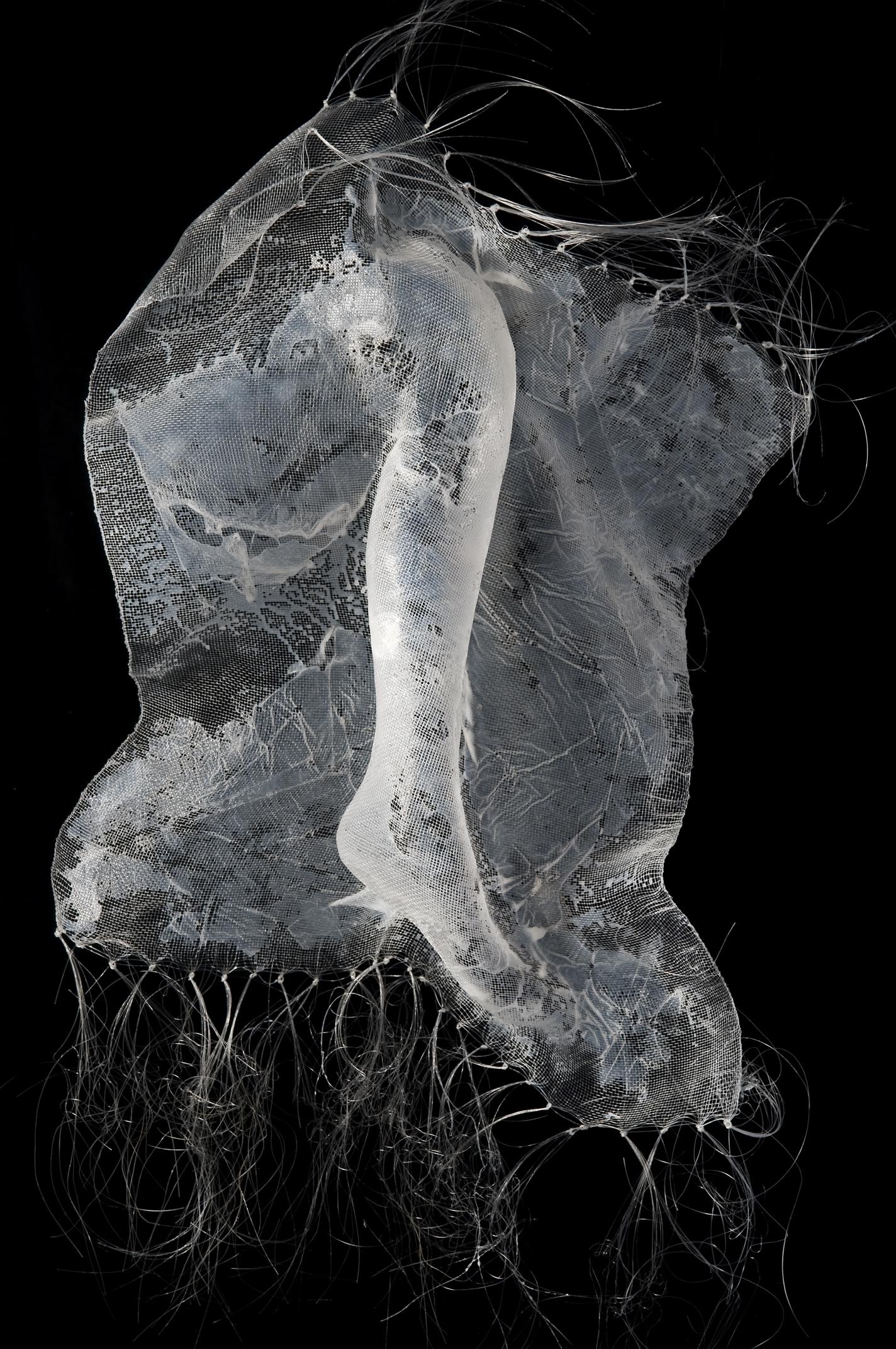 Silvia Beccaria  foto Mariano Dallago Mostra d'arte tessile, tenutasi nel 2011 presso l'Ecomuseo Villaggio Leumann a Torino.