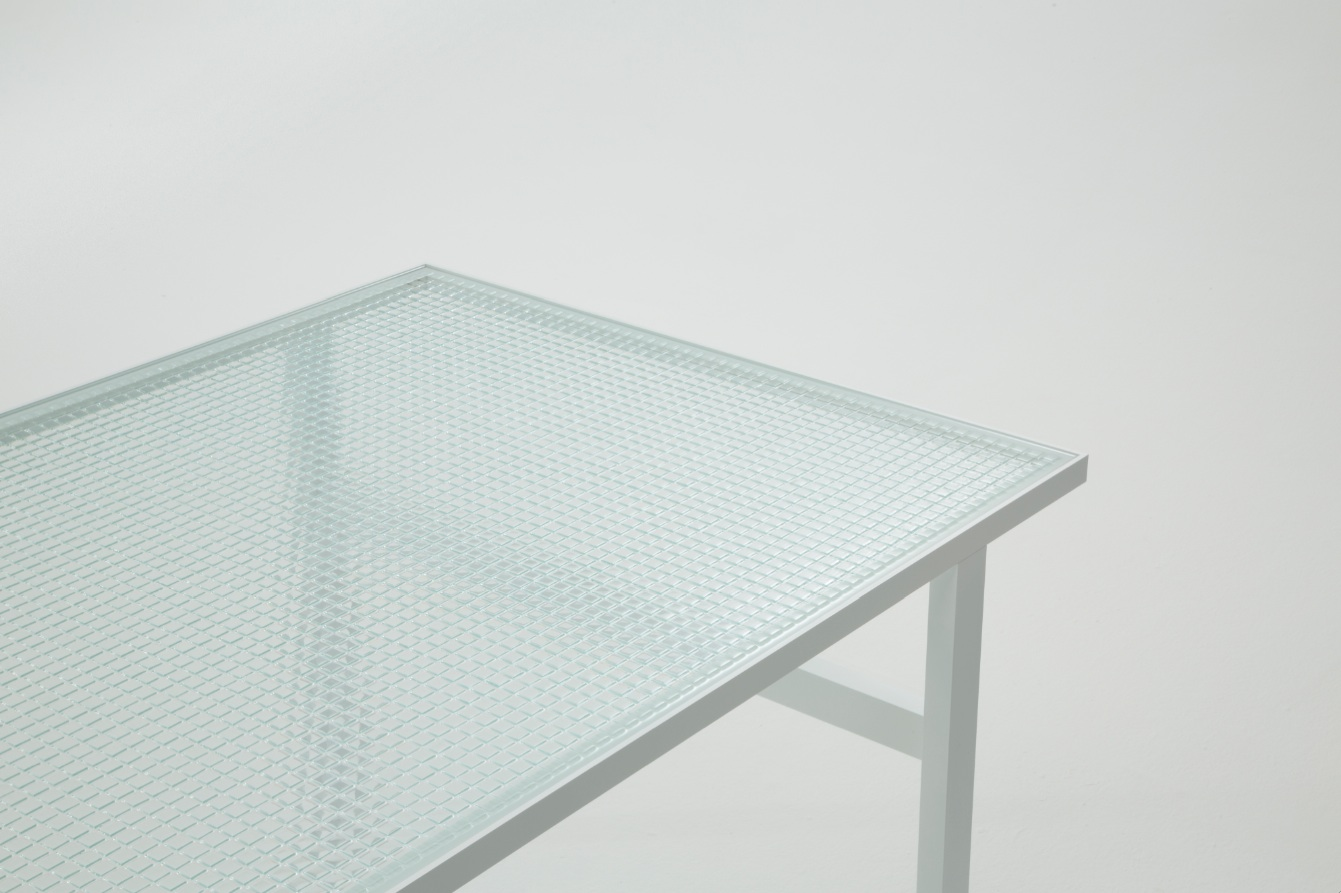Dilmos-MOSAIC-GLASS TABLE - Nendo