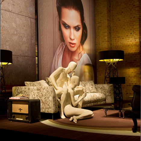 """unexpected welcome"" MOOOI al Salone 2013"