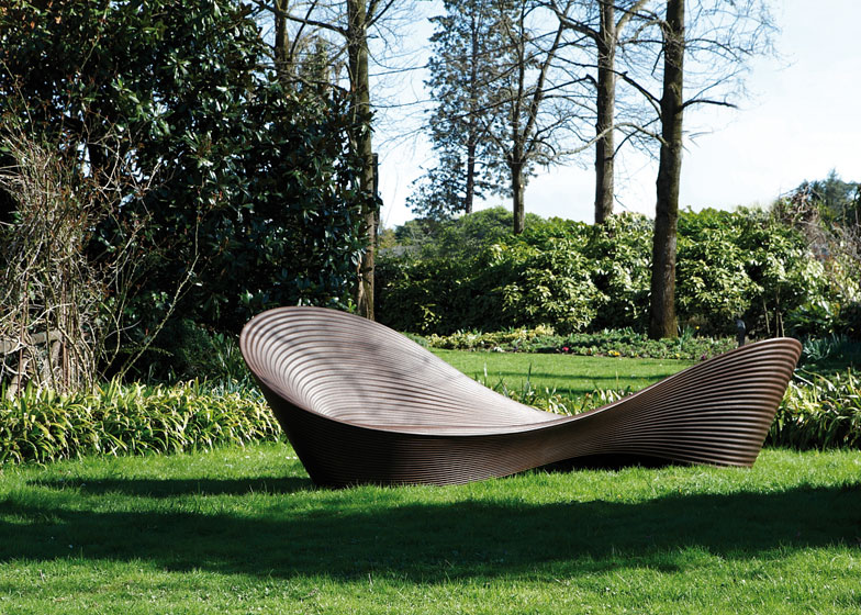 Folly di Ron Arad per Magis