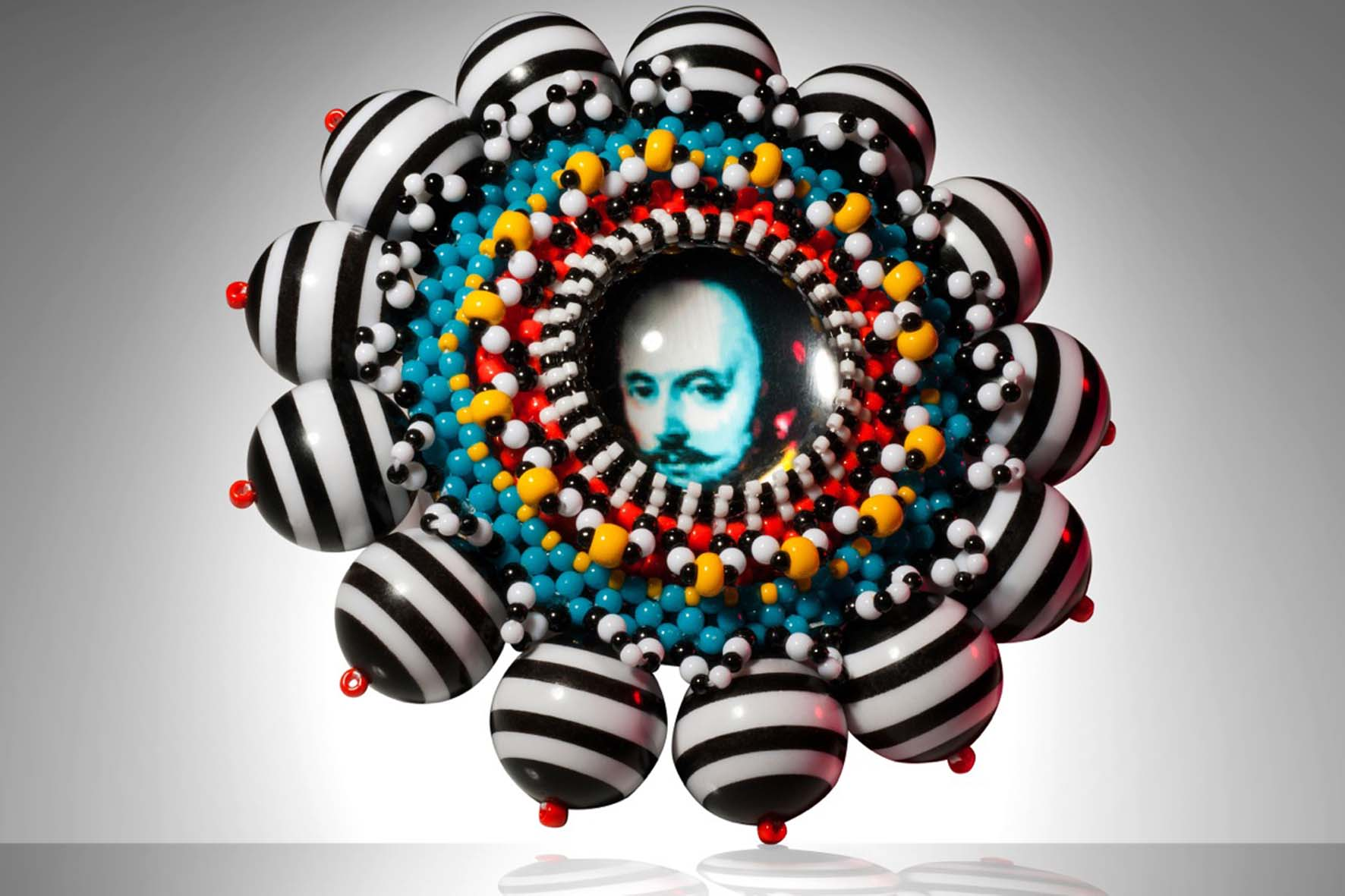 Shakespeare Brooch, Suzanne Golden  (USA)