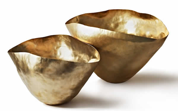 bash vessel, ciotole brass and shaped by hand by Tom Dixon