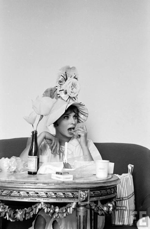 Alfred Eisenstaedt- Actress Sophia Loren Naples, Italy, 1961