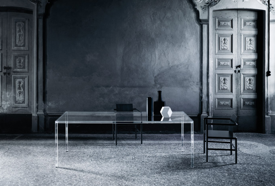 tavolo LUMINOUS, disegnato per Glas Italia da Tokujin Yoshioka