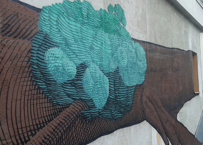 Ventura Lambrate – albero, mural di Nunca, street artist brasiliano