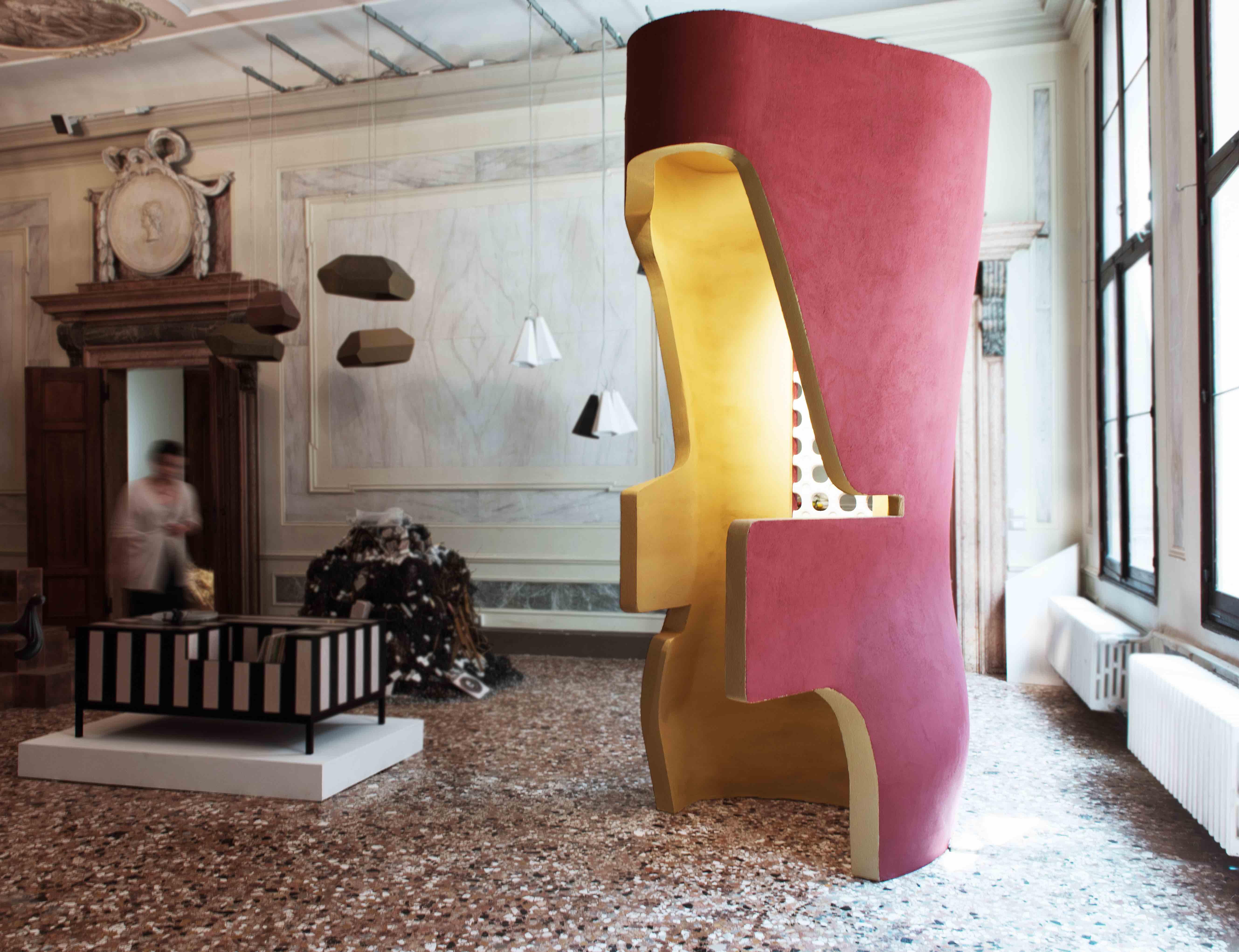 """Carving the Senses"": Tubes a Venice Design 2016 di Satyendra Pakhalé"