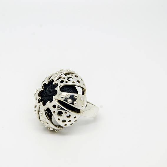 MIRE', anello riccio, argento, resina