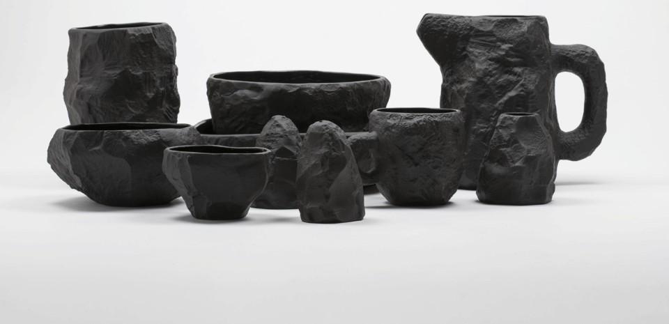 Max Lamb, Crockery Collection porcellana in basalto nera