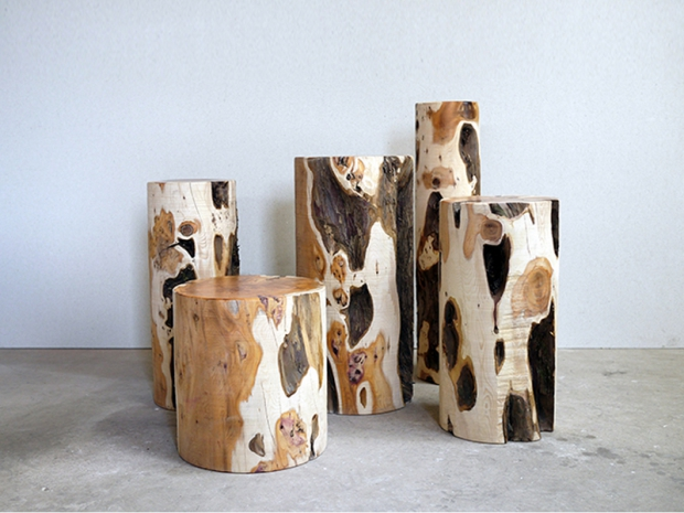 Chatsworth Yew Logs di Max Lamb
