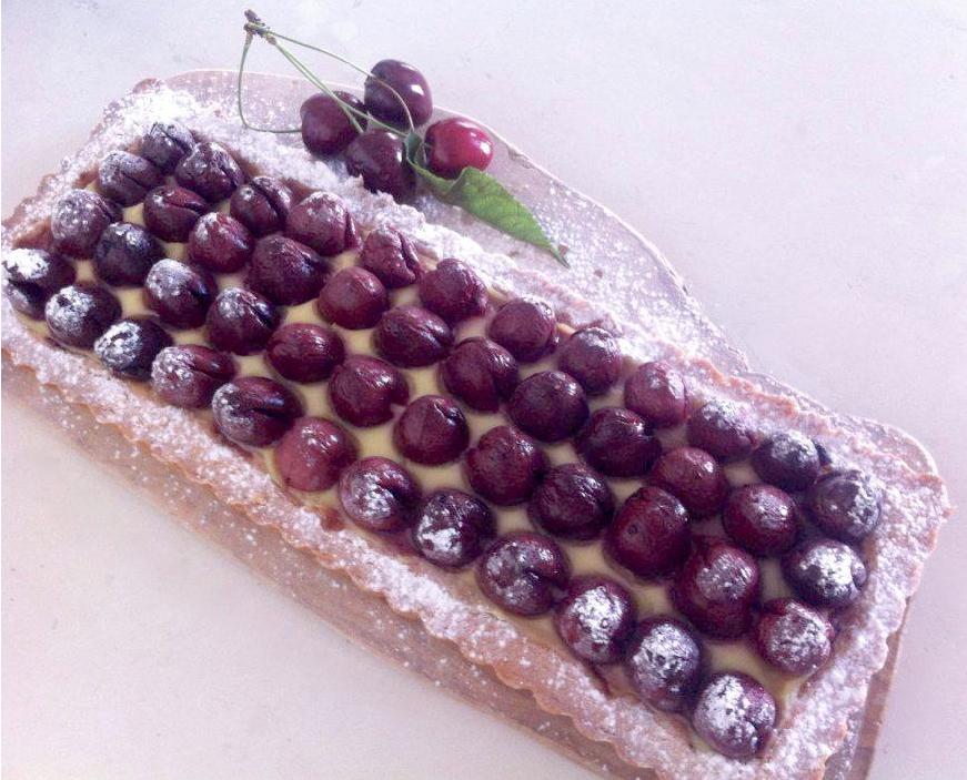 crostata con ciliegie arredoeconvivio.com
