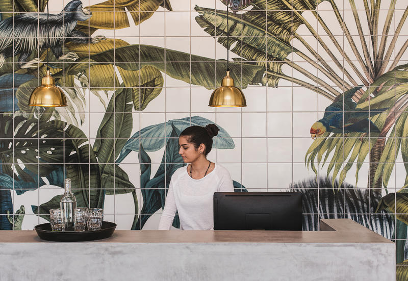 """Magical Jungles"" - Karina Eibatova hotel Casa Cook a Rodi"